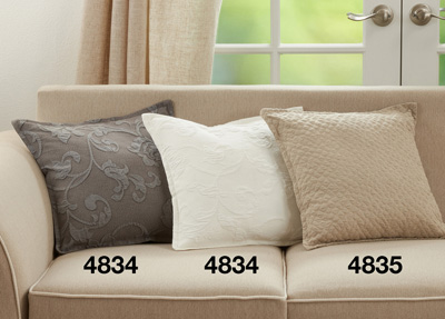 4835 Animal Skin Pillow
