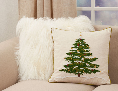 9159 Embroidered Christmas Tree Pillow
