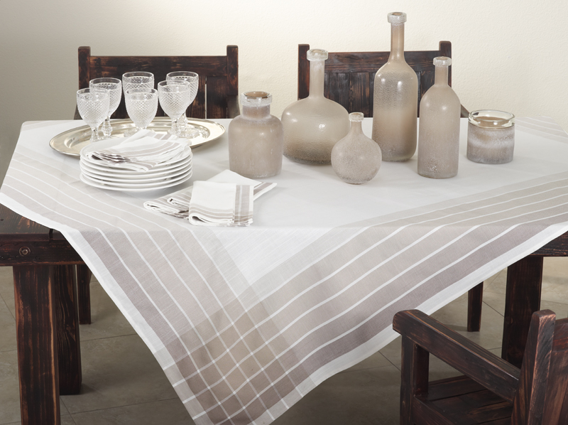 13002 café roma tablecloth