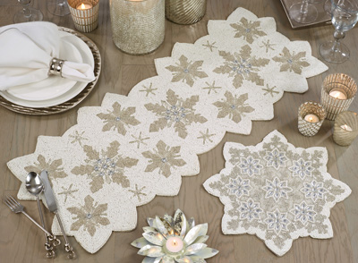 3284 Beaded Snowflake Placemat