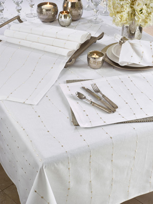 4420 Embroidered Design Tablecloth