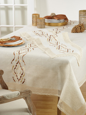 4799 embroidered lace tablecloth