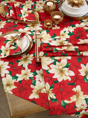 6212 Poinsettia Tablecloth