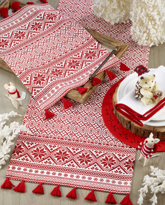 803 Christmas Pattern Runner
