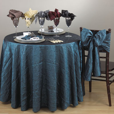 8215 the plaza tablecloth liners