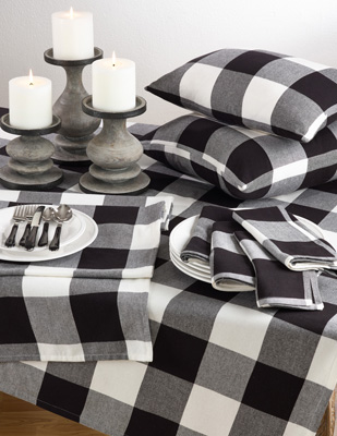 9025 buffalo plaid tablecloth