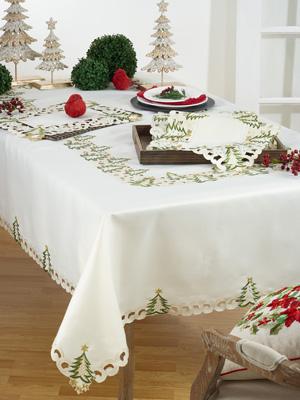 QX227 christmas tree placemat