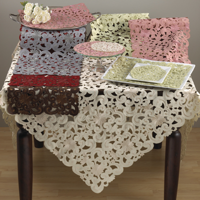 QX953 novello cutwork tablecloths