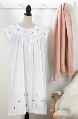 NG884 embroidered nightgown