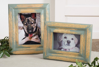 PF020 distressed wood photo frame