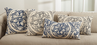 0008 floral distressed pillows