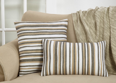 1251 Pleated Pillow