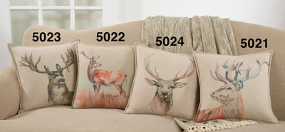 5024 Deer Pillow