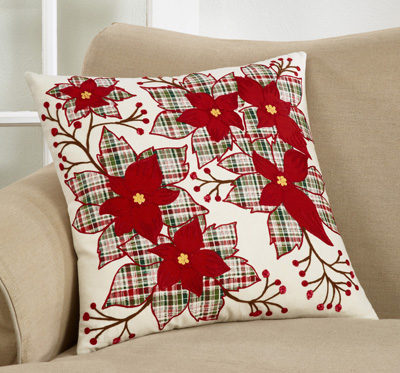 668 Plaid Poinsettia Pillow