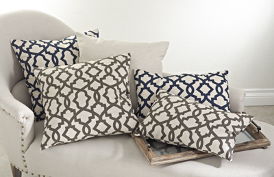 saro 7227 sheffield pillows