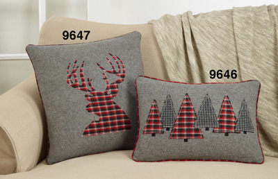 9647 Plaid Reindeer Pillow