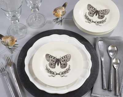 SE892 butterfly salad plate