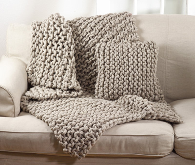 TH551 chunky knit throw