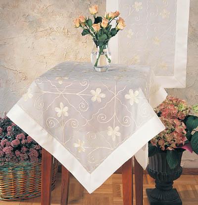 20580 Sheer Tablecloths