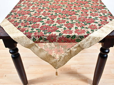 XJ190 Poinsettia Tablecloths
