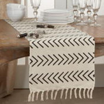 1603 Chevron Runner