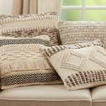 1637 Woven Textured Pillow