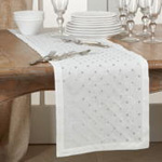 9575 Diamond Embroidered Runner