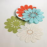 5723 flower design doilies