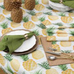 3053 printed pineapple runner