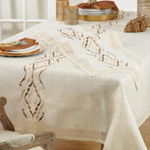 4799 embroidered lace runner