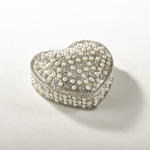 HA032 jeweled heart box