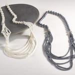 J124N pearl design necklace