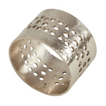 NR126 hole punched napkin ring