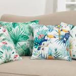 1465 printed pineapple pillow