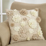 3048 felt flowers pillow