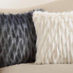 3538 faux fur pillow