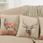 5022 deer pillow