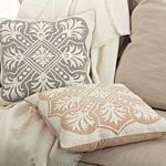 649 gabriela pillows