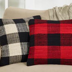 9027 buffalo plaid chindi pillow