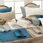 15062 pompom design placemat Closeout