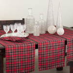 2669 highland holiday plaid runner