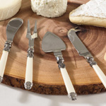 SP209 bone cheese cutlery