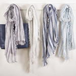 S404 striped design scarf