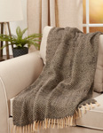 TH714 Chevron Weave Throw
