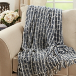 TH912 Striped Throw