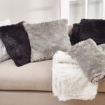 197 faux fur pillow