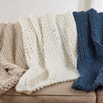 TH304 chunky knit throw