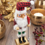 XD591 Buffalo Plaid Nutcracker